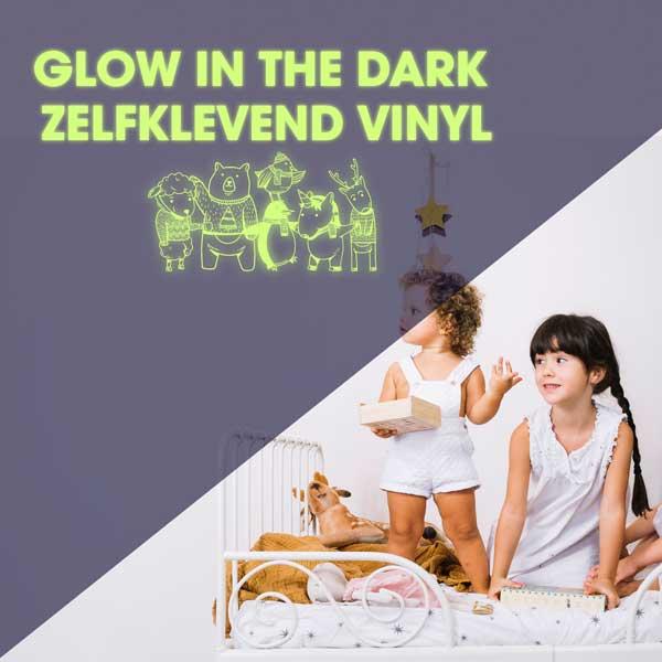 GLow-in-the-dark-vinyl-stickerfolie-creaplot